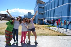 Voluntarias ACM en Perú